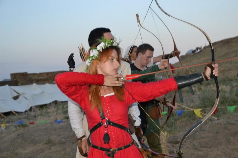 Рыцарский фестиваль «Генуэзский шлем» в Судакской крепости